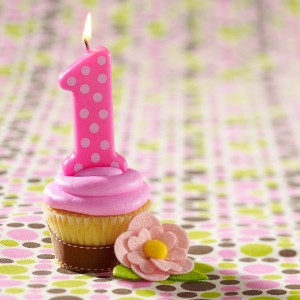 pink-1st-birthday-polka-dot-candle-bx-71194