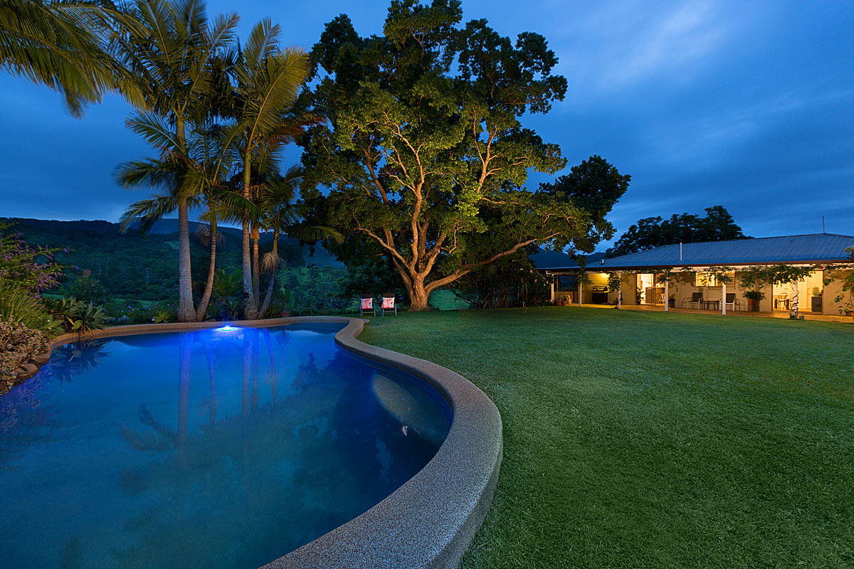 POOL5_Hillcrest_Crystal_Creek_2015